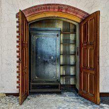 closet inside open door